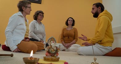 Team-Yoga-Vidya-Center-Kiel